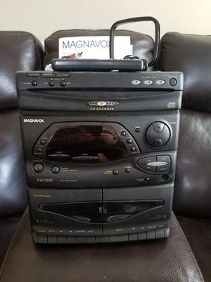 MAGNAVOX WW322C Mini HiFi system for Sale in Clayton, NC