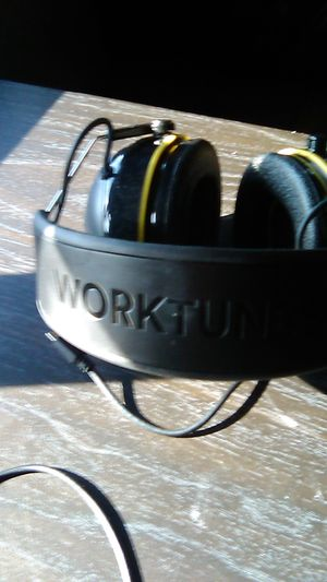 3M Work tunes for Sale in Bakersfield, CA