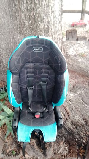 Kids car seat for Sale in Sarasota, FL