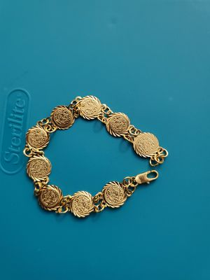 Plated coin bracelet for Sale in Baltimore, MD