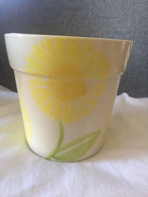Ceramic flower pot for Sale in MONTGOMRY VLG, MD