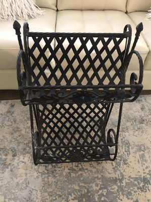 Wroght iron magazine towel rack for Sale in Las Vegas, NV