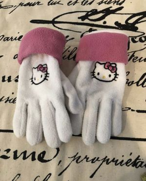 Hello Kitty 🐱 Gloves 🧤💕 for Sale in Chula Vista, CA