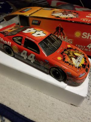 1 and 18 scale Tony Stewart number 44 small soldiers die cast car new for sale  Box for Sale