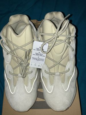 Men's adidas yeezy 700 size 13 *BRAND NEW* for Sale in WARRENSVL HTS, OH