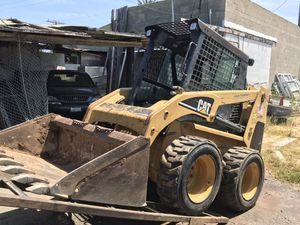 Bobcat loader with 2300hrs. for Sale in San Diego, CA
