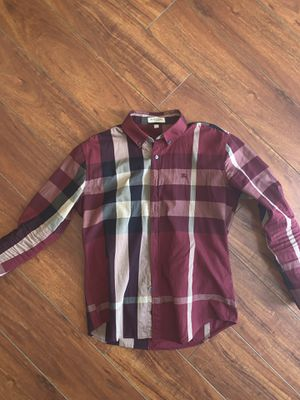 Burberry Button up size Large‼️💦 for Sale in Hayward, CA