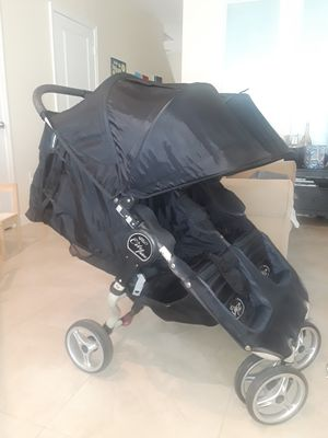 City mini double stroller for Sale in North Miami Beach, FL