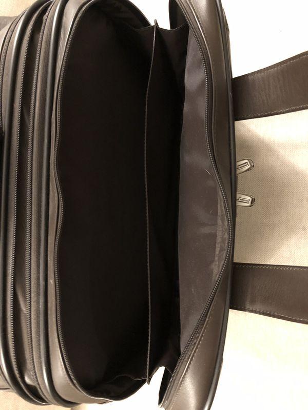 Hartman Aviator Expandable Wheeled Briefcase
