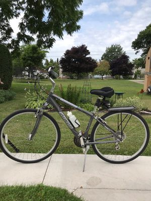 Specialized Crossroads bicycle and CycleOps Magnetic Trainer for Sale in Escanaba, MI