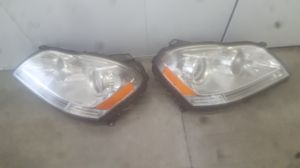 Mercedes GL450 headlights Xenon (hid oem) in excellent condition. $350 each. Fits year 2007-2009 for Sale in Long Beach, CA