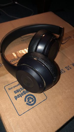 Beats Solo 3 for Sale in North Charleston, SC