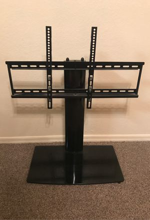 Universal TV Stand for TV with swivel and height adjustment for Sale in Gold Canyon, AZ