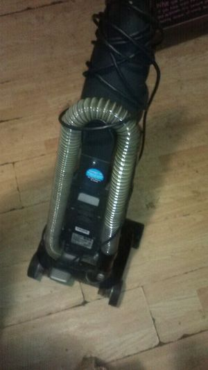 Hoover vacuum for Sale in Wichita, KS