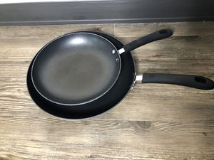 Set of Kitchen Pans for Sale in Pittsburgh, PA