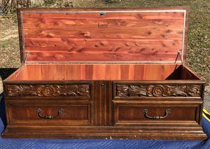 Vintage Lane Chest 1973 for Sale in Fort Washington, MD