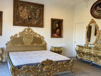 Italian Rococo Cal King Bedroom Set for Sale in Calabasas,  CA