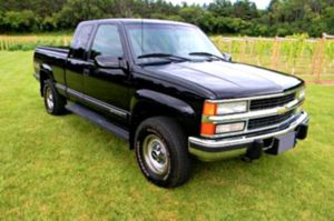 Asking$600 Chevrolet_Silverado -Excellent Condition for Sale in Summit, IL