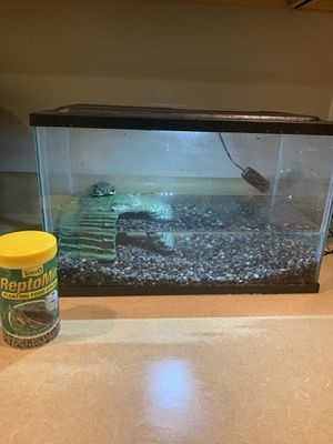 Turtle Tank/Aquarium FREE for Sale in Peoria, AZ
