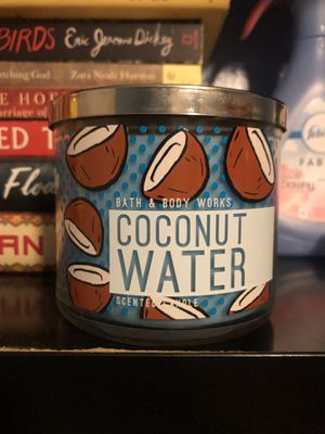 BBW Coconut Water Candle for Sale in Covina, CA