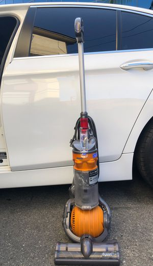 dyson vacuum cleaner dc 24 for Sale in Los Angeles, CA