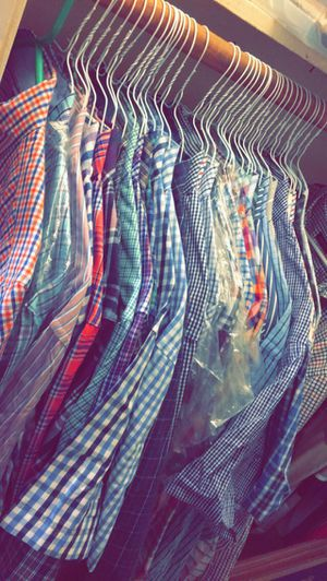 Izod / Chaps Dress shirts XL for Sale in Arlington, TX
