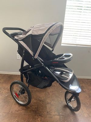 Graco jogging stroller for Sale in Tempe, AZ