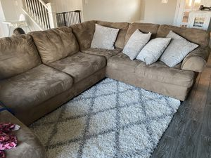 Sectional couch sofa for Sale in Fresno, CA