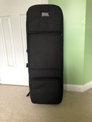 Cushy brand travel violin case with backpack straps for Sale in Herndon, VA