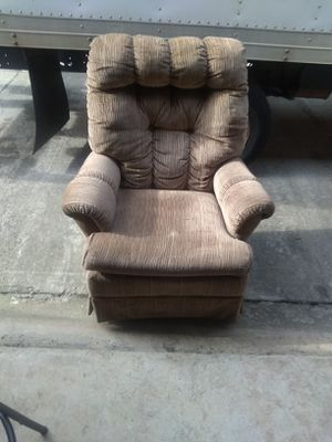 Rocking chair for Sale in Stone Mountain, GA