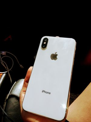 Iphone Xs Unlocked for Sale in Los Angeles, CA