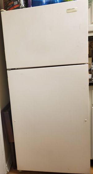 Kirkland refrigerator for Sale in Rancho Cucamonga, CA