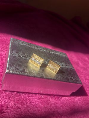 """10k yellow & white """"The Last Supper"""" Gold earrings for Sale in Los Angeles, CA"""