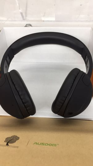 Bluetooth wireless headset for Sale in Baltimore, MD