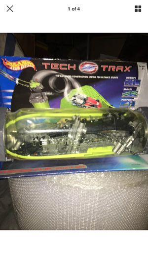 Hot Wheels Tech Trax Stow 'N Go: Power Swing Trigger Flip Stunt Set New Scuffed for Sale in Hawthorne, CA
