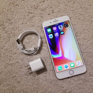 """iPhone 8 Plus ,,Factory UNLOCKED Excellent CONDITION """"as like nEW"""" for Sale in Springfield, VA"""