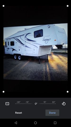 2010 Holiday rambler savory le. 25ft 5th wheel 1 slide for Sale in Las Vegas, NV