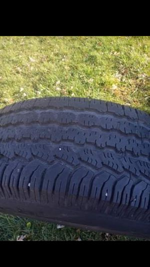 Tires no lug nuts for Sale in Bolingbrook, IL