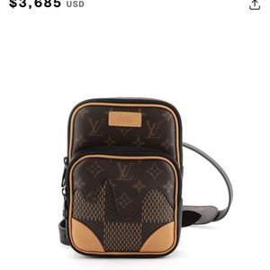Men And Women Amazon Sling Bag Crossbody Purse Louis for Sale in San Francisco, CA