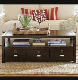 Pottery Barn Rhys Coffee Table for Sale in Hollywood,  FL