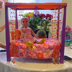 American Girl Julies Albright Groovy Bed for Sale in Pomona,  CA