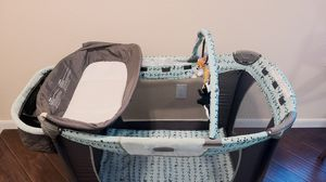 Pack n play with basinet, extra mattress, new fitted sheet for Sale in Sachse, TX