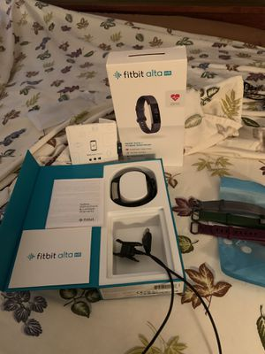FitBit Alta HR with Extra Bands for Sale in Columbus, OH