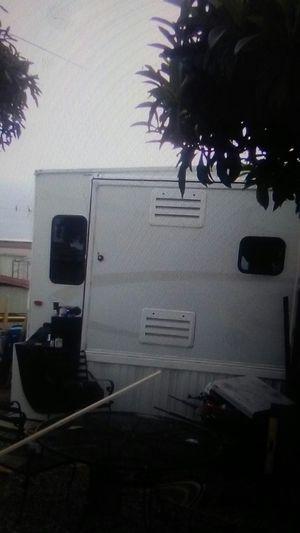 2005 smartcraft 5th wheel trailer for Sale in Chula Vista, CA