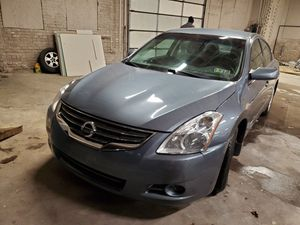 2011 Nissan Altima HYBRID for Sale in Chicago, IL