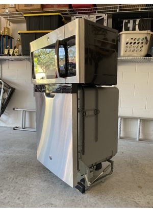 GE dishwasher and microwave oven for Sale in Orlando, FL