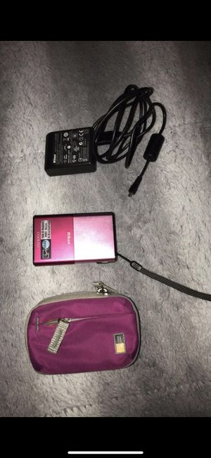 Nikon digital camera (light pink|hot pink) for Sale in Long Beach, CA