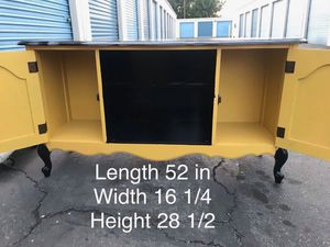 French provincial tv stand for Sale in Lynwood, CA