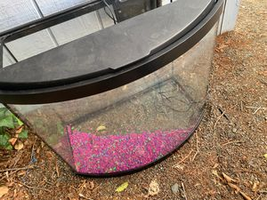 Bow front 36gallon aquarium for Sale in Concord, CA