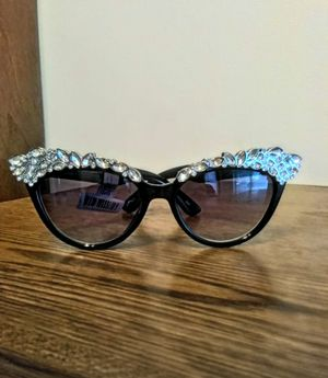 Cat eye sunglasses..new for Sale in City of Industry, CA